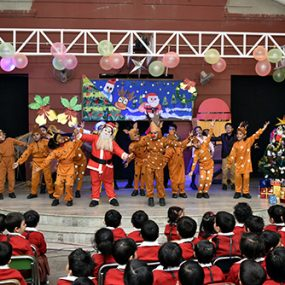 christmas-junior-school-2016-big-th2