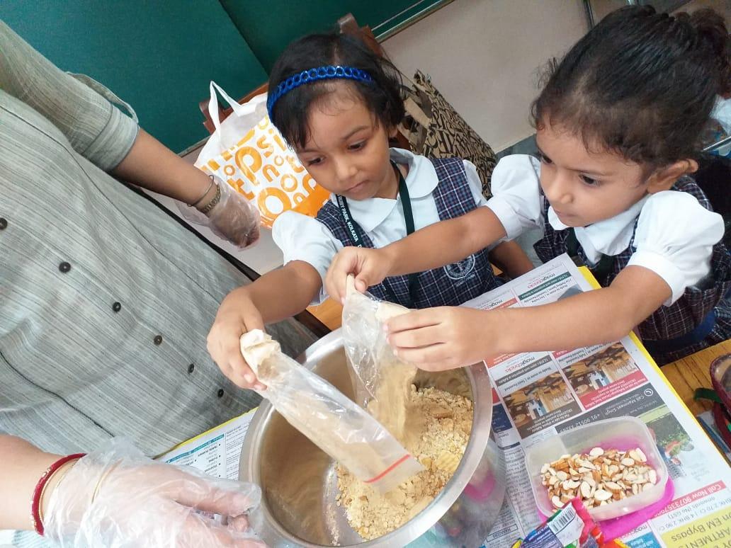 No-Fire-Cookery-Activity-in-Junior-School-3